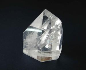 Quarzo ialino - Cristallo di rocca - Nèmesi Gioielli