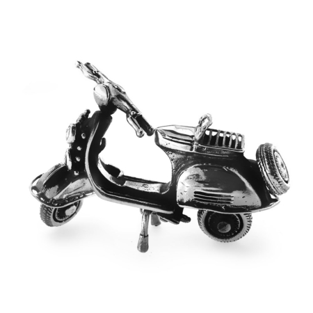 Scooter Vespa in argento