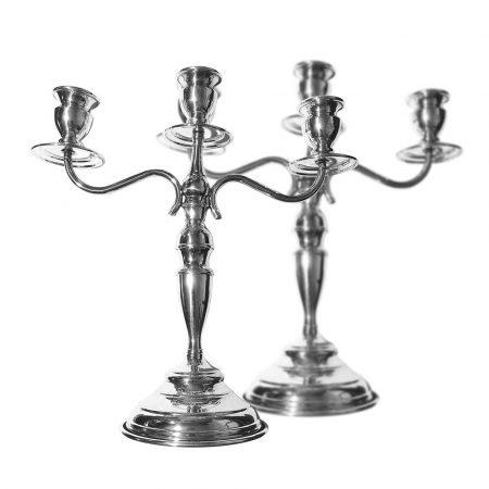 Coppia di candelabri a 3 fuochi in argento lucido