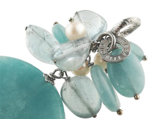 Ciondolo in argento con quarzo azzurro tinto e perle